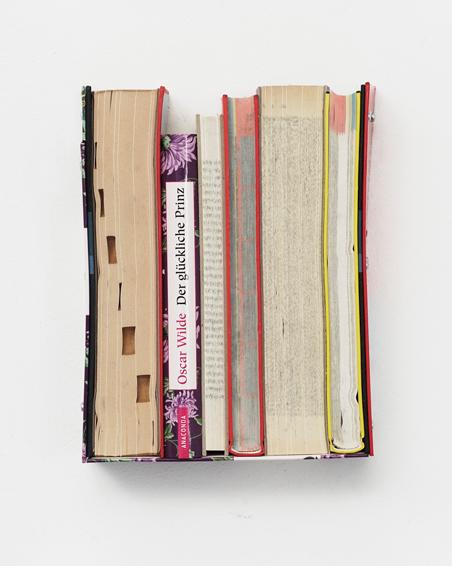 Der glückliche Prinz, geschn. Bücher, Schrauben, ca. 22 x 17x 6 cm, 2016