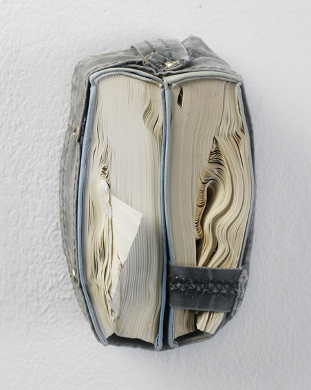Friedrich Schiller - Werke 1, cut book (folded pages), canvas, screws, app.: 13 x 9 x 6, 2010